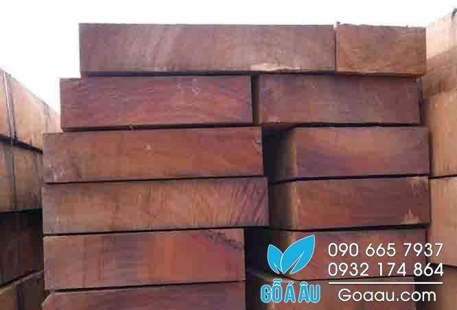 giá gỗ cẩm lai
