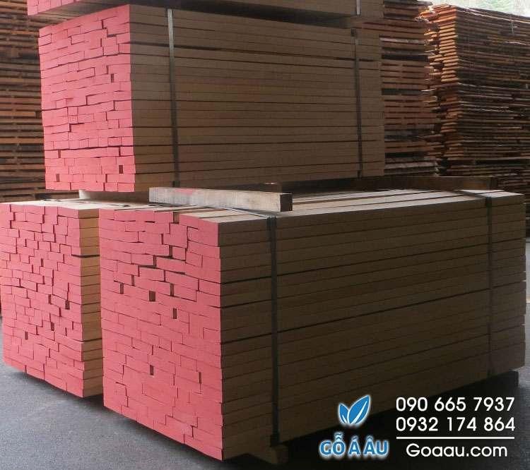 gỗ dẻ gai xẻ sấy