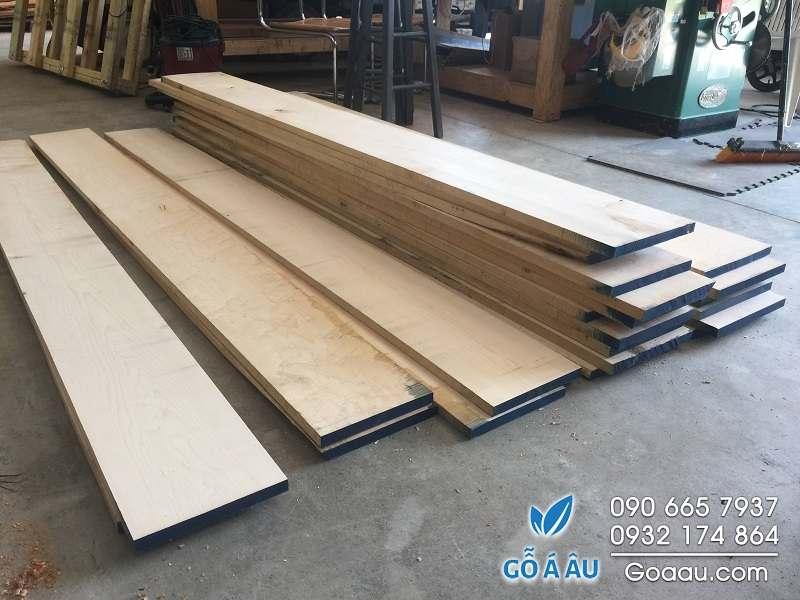 mua gỗ thích cứng