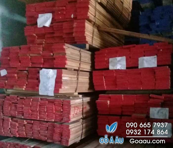 gỗ giá tỵ nguyên liệu