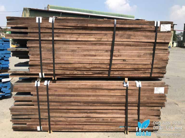 Kiện gỗ Óc Chó nguyên liệu nhập khẩu
